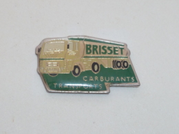 Pin's CAMION BRISSET CARBURANTS TRANSPORTS - Transports