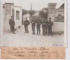 GRÈVE DES BRIQUETIERS A VILLEJUIF LE CHANTIER LEBLANC TROUPE ET POLICE  18*13CM Maurice-Louis BRANGER PARÍS (1874-1950) - Lieux