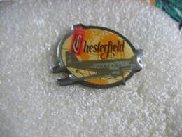 Pin's De La Marque De Tabac Et Cigarettes Chesterfield - Non Classés