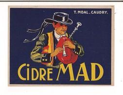 Etiquette Cidre MAD - T.Moal à Caudry - Décor Breton Jouant Du Biniou - - Etiketten
