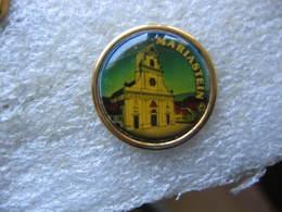 Pin's De L'abbaye De Notre-Dame-de-la-Pierre Dans La Commune Suisse De MARIASTEIN - Non Classés