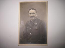 CPA   Militaire Prisonnier Posant Pour La Photo A Giessen Allemagne 1916   TBE - Guerra 1914-18