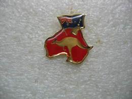 Pin's D'un Kangourou Et Drapeau Anglais - Animaux