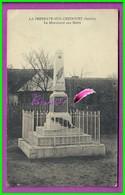 CPA  (72 Sarthe) - LA FRESNAYE SUR CHEDOUET - Le Monument Aux Morts - La Fresnaye Sur Chédouet