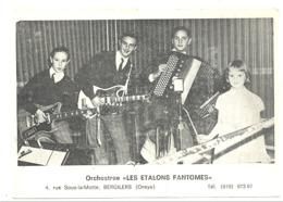 """Photo (grandeur Carte Postale ) De L'orchestre """" Les Etalons Fantômes """" BERGLIERS ( Oreye) , Spectacle, Musique,  (b256) - Oreye"""