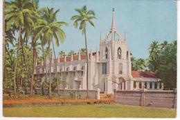 °°° 13408 - INDIA - SALIGAO CHURCH , GOA - 1975 With Stamps °°° - India