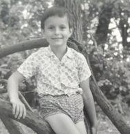 B&W Amateur Photo Boy Garcon Vacation Summer Large - Persone Anonimi