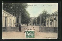 CPA Parthenay, Entree De La Caserne Du 114me D`Infanterie - Parthenay