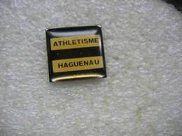 Pin's Du Club D'Athlétisme à HAGUENAU (Dépt 67) - Athletics
