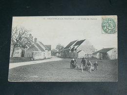 NEAUPHLE LE CHATEAU    / 1910 /    VUE  RUE ANIMEE....   / CIRC /  EDITION - Neauphle Le Chateau