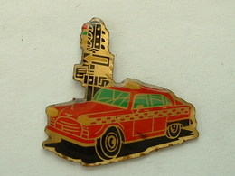 Pin's TAXI NEW YORK - Toyota