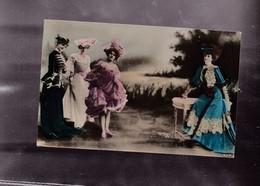 FEMMES - Cartes Postales