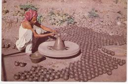 °°° 13413 - INDIA - POTTER AT WORK °°° - India