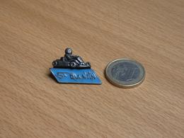 KARTING SAINT QUENTIN. EN 3D. - Pin's