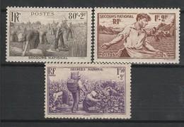 FRANCE 1940 YT N° 466 à 468 **/* - Unused Stamps