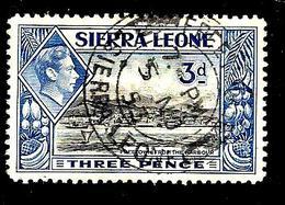 SIERRA LEONE 162° 3p Outremer Et Noir George VI Freetown Vu Du Port (10% De La Cote + 0,15) - Sierra Leone (...-1960)