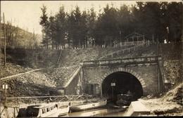 Photo Cp Erfurt In Thüringen, Kanalpartie, Tunnel, Boote - Sonstige