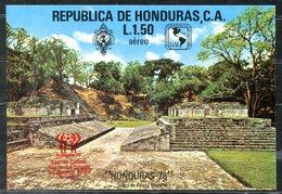 4827 - HONDURAS - Block 31 ** (Aufdruck Fußball Weltmeisterschaft) - Honduras