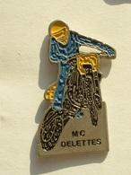 PIN'S MOTO CLUB DELETTES - Motos