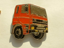Pin's CAMION  - DAF 85 - Transports