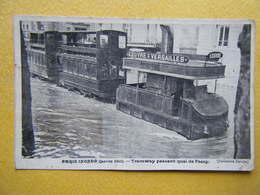 PARIS. Les Inondations De Janvier 1910. Le Tramway Passant Quai De Passy. - Paris Flood, 1910