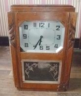 1 Horloge Années 50 , En état De Fonctionnement - Horloges