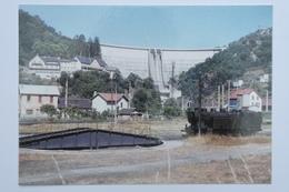 Carte 1964 Bort Les Orgues Une 141TA Au Dépôt Dans Le Fond Nous Voyons La Barrage EDF - TOR22 - Treinen