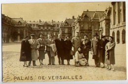 Palauis De Versailles - Foto Di Gruppo - Formato Piccolo Non Viaggiata – E 13 - Cartoline