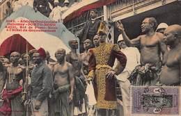 CPA Afrique Occidentale - Dahomey - PORTO NOVO - Adjiki, Roi De Porto-Novo à L' Hôtel Du Gouvernement - Dahomey