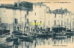 13 Martigues, Un Coin Du Quai Brescon, Belles Barques De Pêche, Visuel Pas Très Courant - Martigues