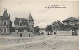 Carte Postale Ancienne De Pornichet Place De L'Europe Et L'avenue De La Gare - Pornichet