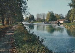 Valence D Agen Les Rives Du Canal - France