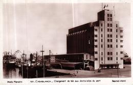 MAROC - CASABLANCA CHARGEMENT DE BLE AUX DOCKS SILOS DU PORT - Casablanca
