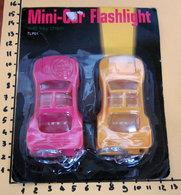 MINI-CAR FLASHLIGHT WITH KEY CHAIN NEW BLISTER - Collectors E Strani - Tutte Marche