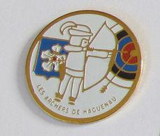 1 Pin's Tir à L'Arc - LES ARCHERS DE HAGUENAU - Tir à L'Arc