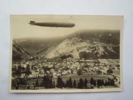 CPA SUISSE  FLEURIER  Un Zeppelin Sur  Vue Générale  . Jui2019-53 - NE Neuchâtel