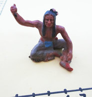 SOLDATINO WEST INDIANO VINTAGE  PLASTICA DURA H. 4 CM. - Figurines