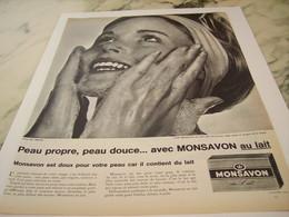 ANCIENNE PUBLICITE MONSAVON AU LAIT 1961 - Perfume & Beauty