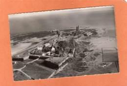 CPSM 14 X 9 * * ST-VAAST-LA-HOUGUE * * Vue D'Ensemble Et Le Fort - Saint Vaast La Hougue