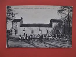 NEVERS  -  Centre Catholique Saint Joseph (clos Saint Joseph) - Salle Des Fetes - Belle Animation Avec Nombreux Enfants - Nevers