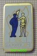 LA POSTE 92 PTT FACTEUR & PORTEUR De La FLAMME OLYMPIQUE JO ALBERTVILLE - Post