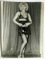 Original Photo, Girl In Sexy Underwear, 1950s, Dim. 8,9 X 11,9 Cm, Burlesque - Pin-ups