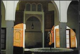 MAROCCO - MARRAKECH - CORTILE DEL PALAZZO BABIA -VIAGGIATA FRANCOBOLO ASPORTATO - Marrakech