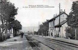 CPA 42 - ST GRMAIN LESPINASSE - LA GARE - France