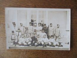 CARTE PHOTO VERDUN LA PLUS BELLE ESCOUADE DU 151ème - Regiments