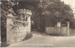 CPSM Beeding The Avenue - The Towers - Autres
