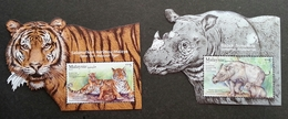 Malaysia Wildlife Conservation 2019 Tiger Rhino Wild Animals Fauna (ms Pair) MNH *metallic *odd Shape *unusual - Malaysia (1964-...)