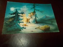 B710  Buon Natale Viaggiata Pieghine Angoli - Non Classificati