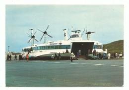 CPM Hovercraft Liaison Boulogne Le Portel - Douvres Debarquement Passager Voiture De Sport - Hovercrafts