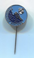 FOOTBALL / SOCCER / FUTBOL / CALCIO - NK RIJEKA / KVARNERSKA RIVIJERA  Croatia, Vintage Pin, Badge, Abzeichen - Voetbal